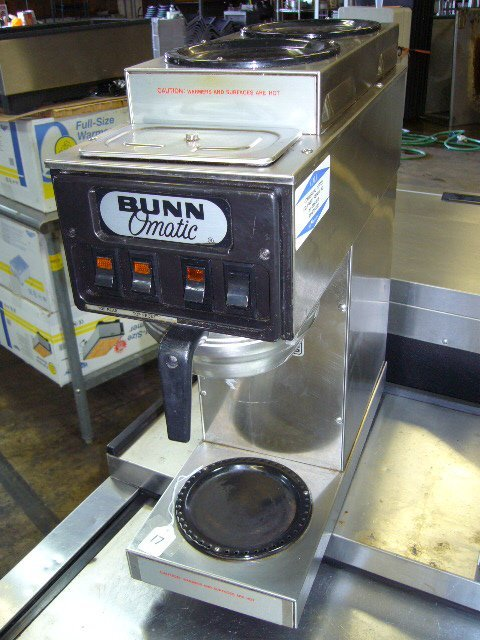 17: Bunn STF-15 3 Pot Coffee Machine