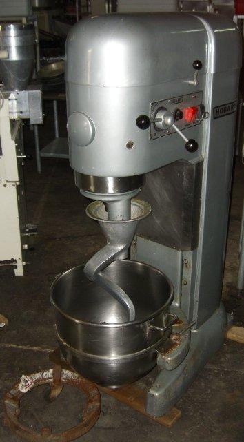 153: Hobart M802 80qt. Mixer w/ 80qt. S/S Bowl, Hook &