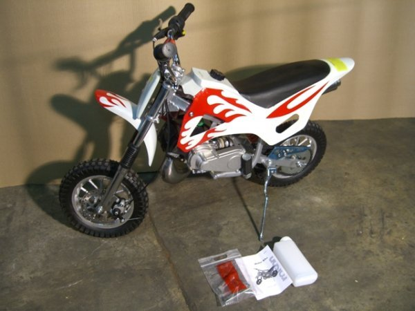 10B: New Rolson Mini Motorcycle Dirt Bike 49cc