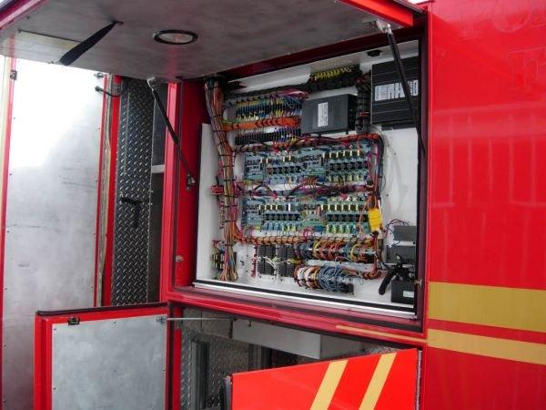 55B: 1999 Freightliner Ambulance - 4