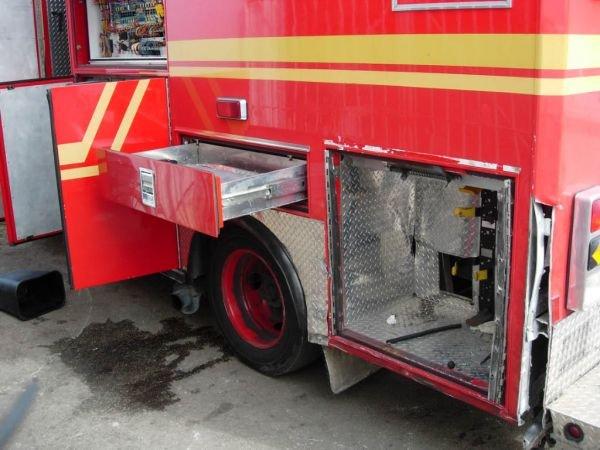 55B: 1999 Freightliner Ambulance - 5