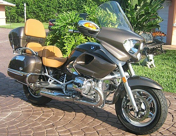 2: 2003 BMW R1200 Touring Motorcycle Gold