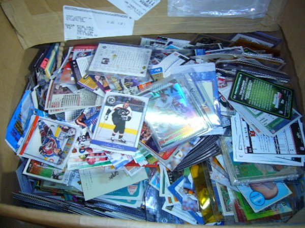 24: (1) Box Mixed Cards (80's-2000's)