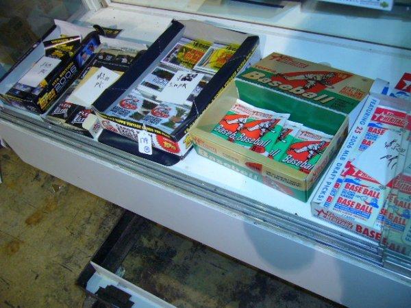 179: (44) MLB Card Packs