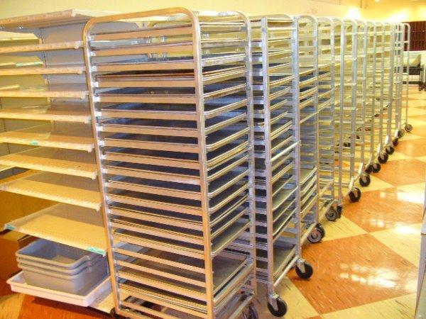180A: Channel 20 Pan Full Size Rolling Sheet Pan Rack