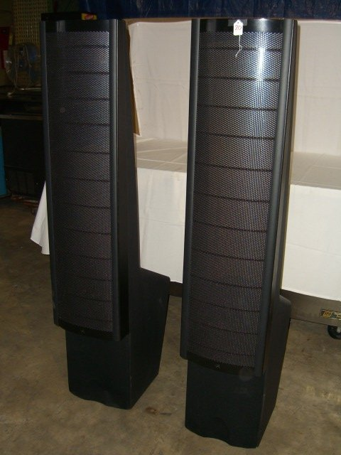 20: (2) Martin Logan Ascent Floor Model Speakers - 2