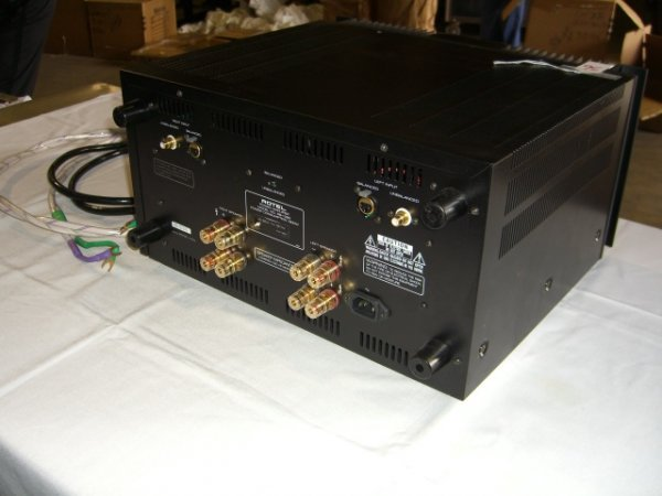 36: Rotel RB-1090 Power Amplifier - 5
