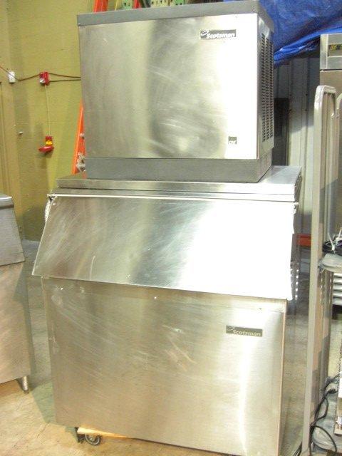 15: Scotsman CME1056AS-32F 840lb. S/S Cuber Ice Machine