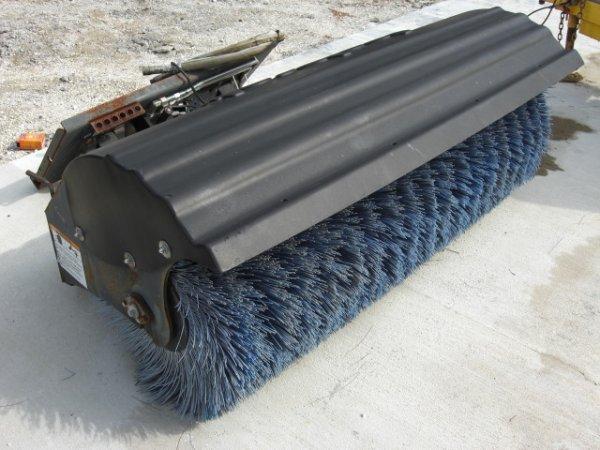 10A: 2004 Ingersoll-Rand Skidsteer Angle Sweeper