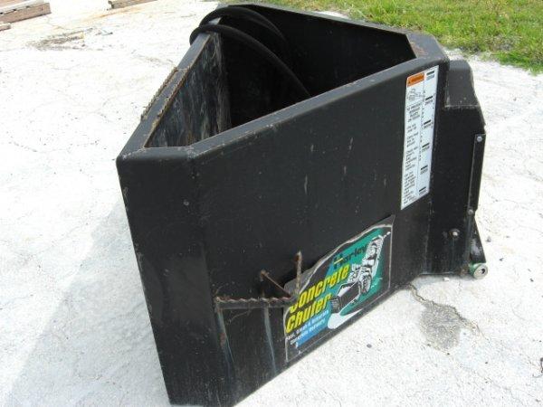 17A: 2004 Harley Concrete Chuter Attachment