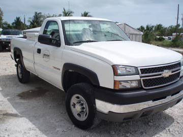 30A: 2005 Chevy C-2500 Pick Up Truck