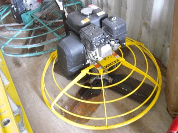 "38A: 2005 Wacker 36"" Power Trowel"