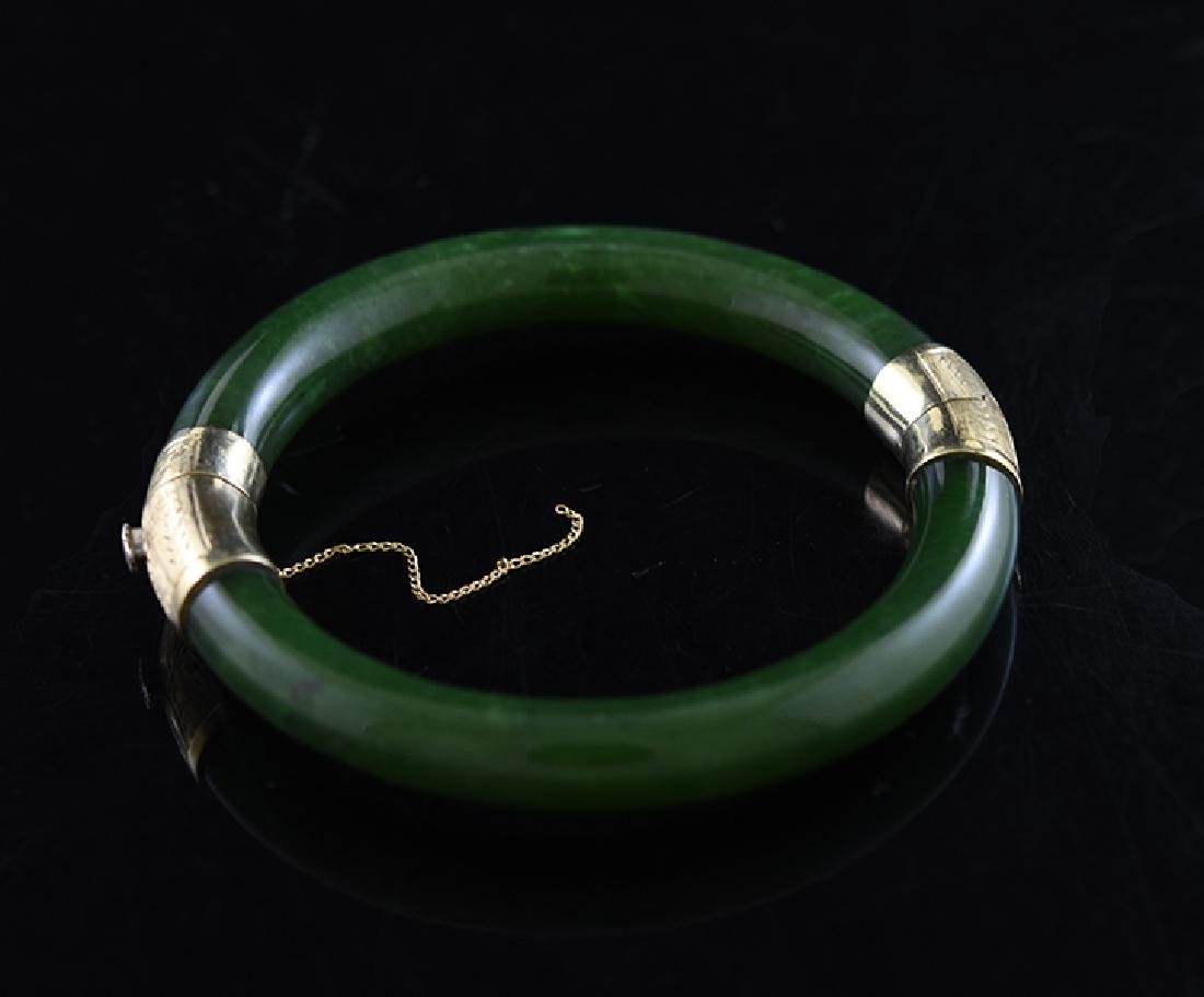 Good spinach green jade bangle bracelet