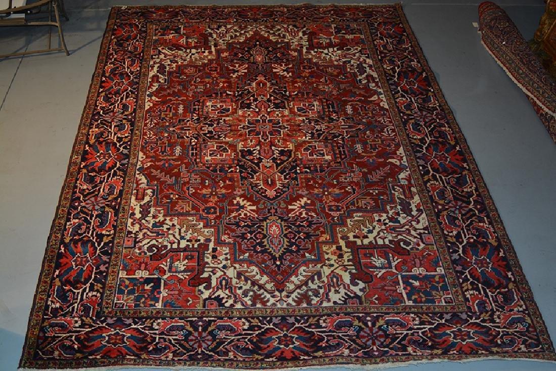 "Heriz wool oriental rug, 8'10"" x 11'11"""