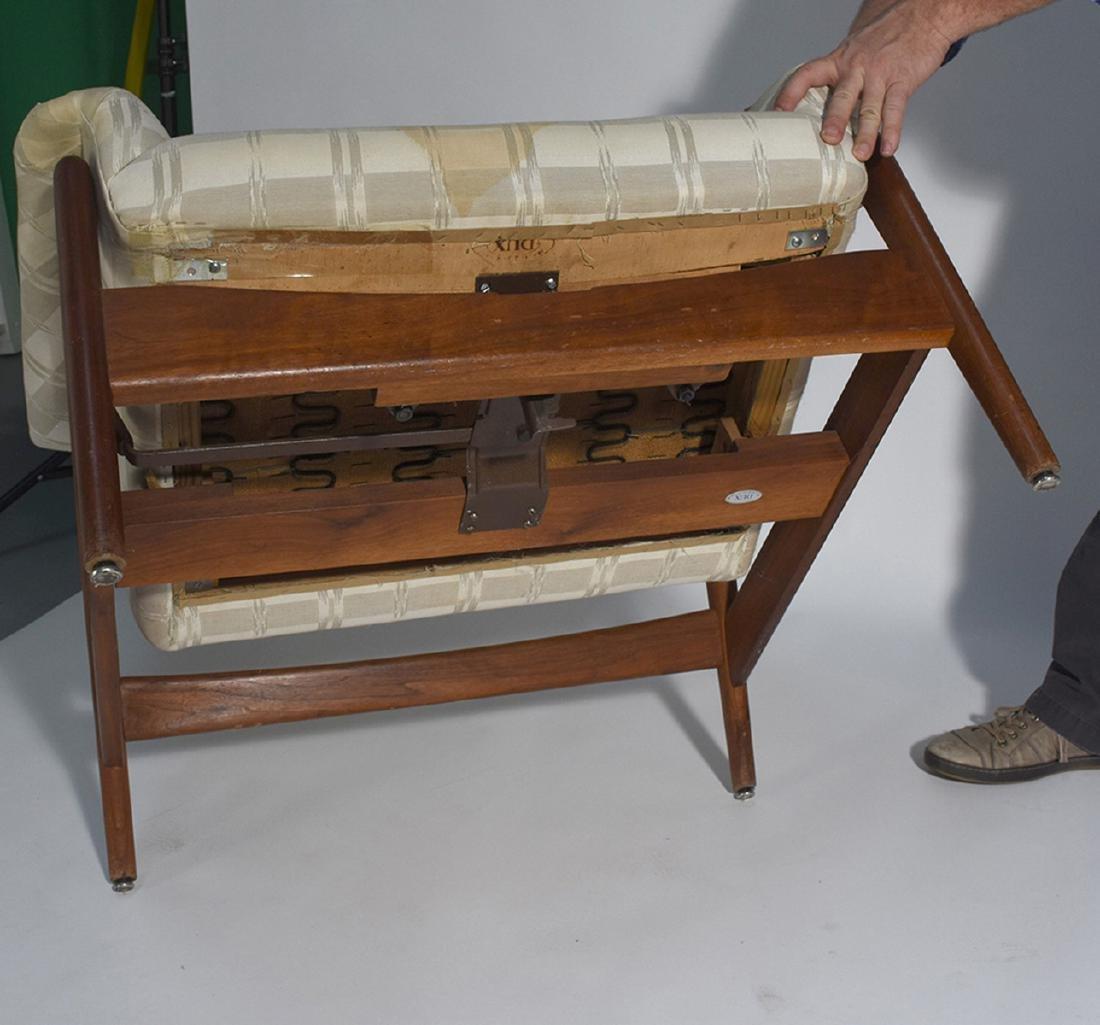 Dux Mid-Century teak reclining chair and ottoman - 5