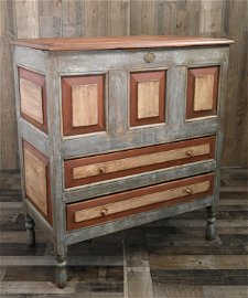 EARLY AMERICAN CT RIVER VALLEY PANELED JOINED