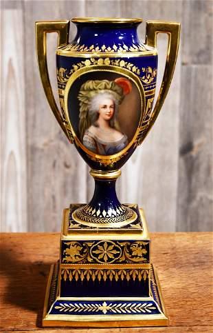 ROYAL VIENNA PORCELAIN VASE OF MARIE ANTOINETTE.