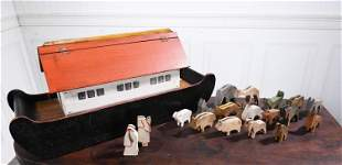 NOAH'S ARC FOLK ART PULL TOY WITH ANIMALS