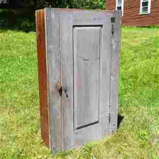19TH C. SMALL GREY PAINTED CUPBOARD