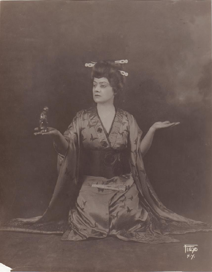 Edith de Lys. American Opera singer. Photo