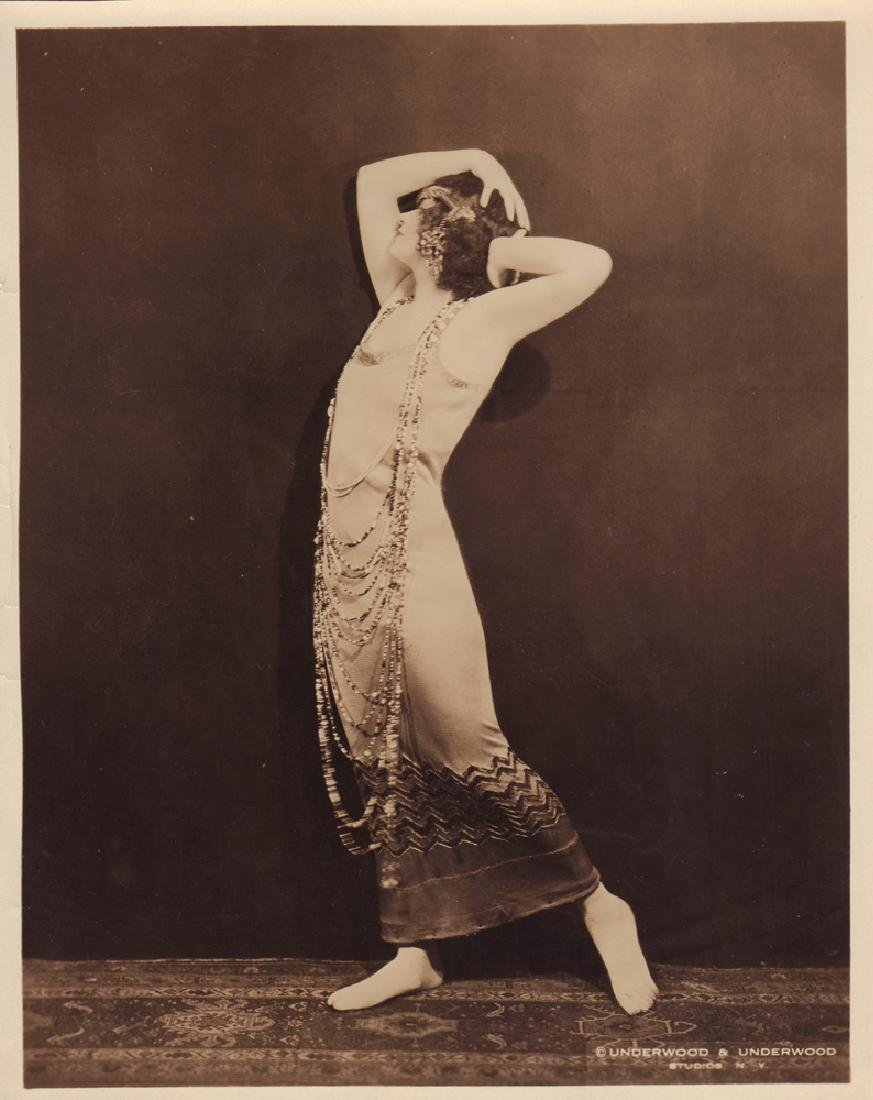 Photograph of unidentified dancer.