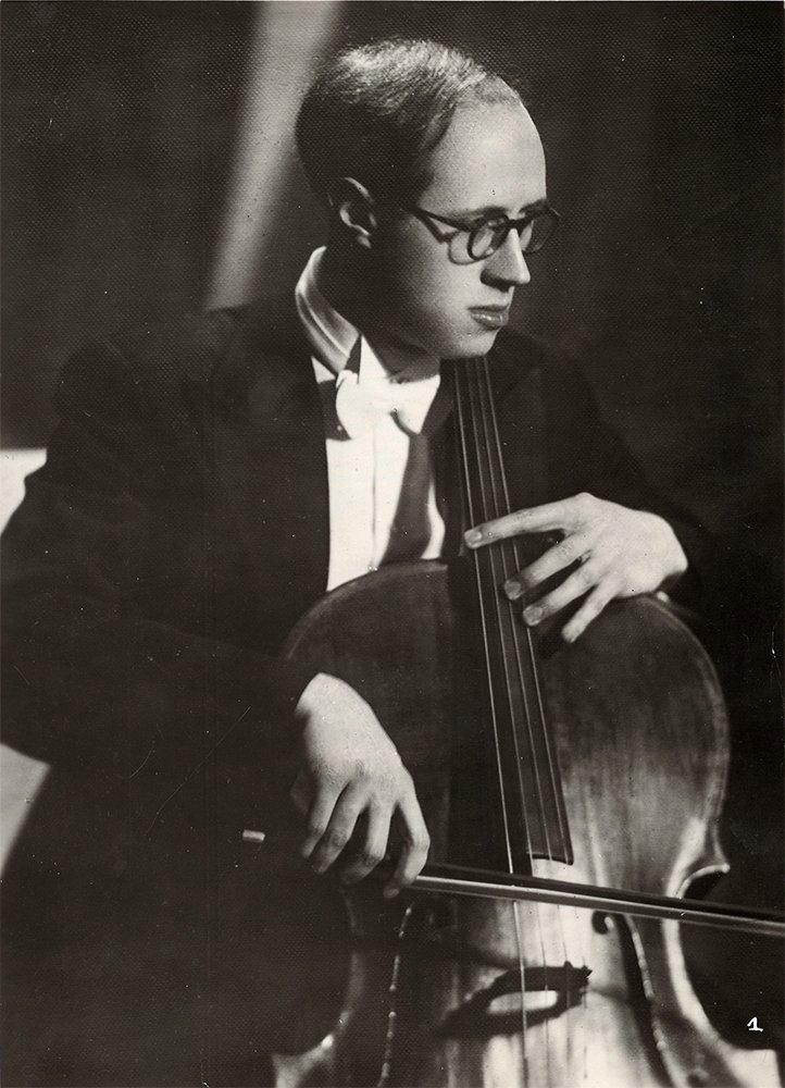 Mstislav Rostropovich on the scene. Photo portrait.1959