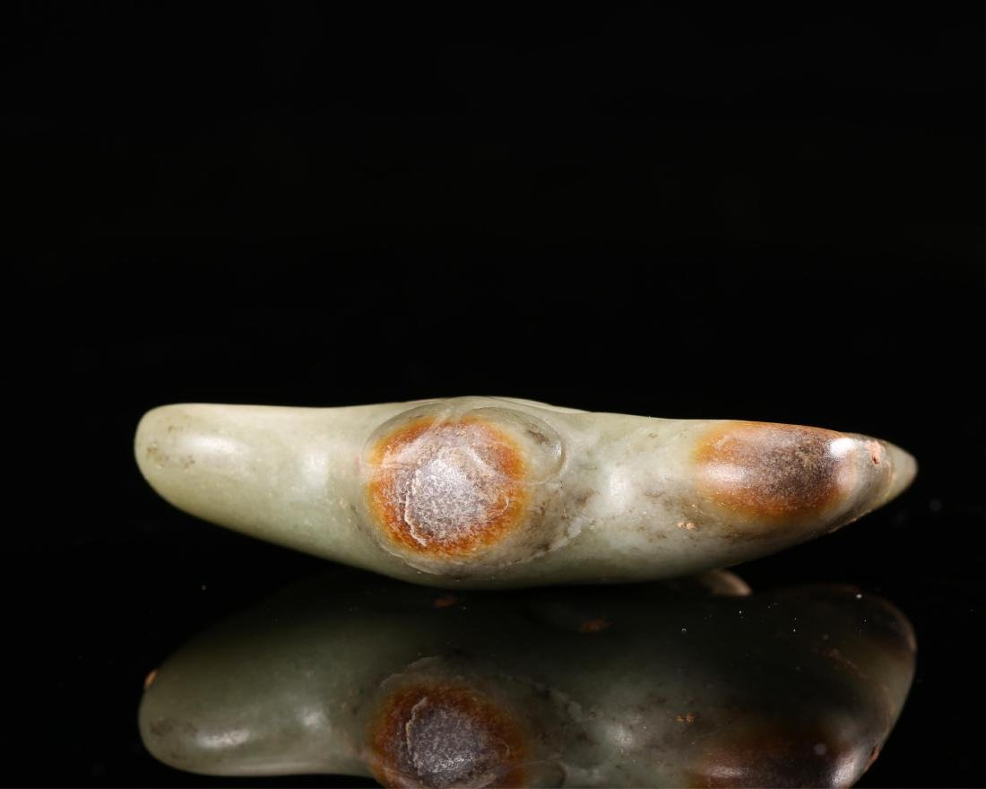 CHINESE NEOLITHIC JADE FALCON PENDANT - 4
