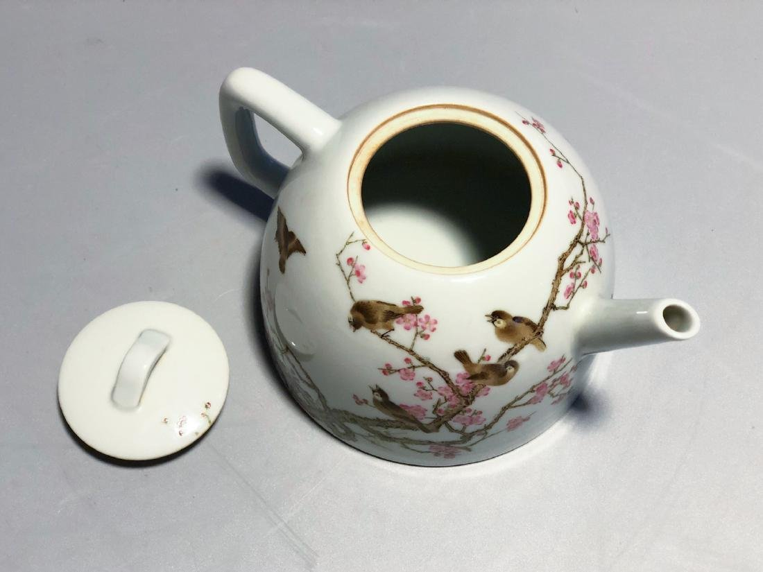 CHINESE FAMILLE ROSE PORCELAIN TEA POT - 5