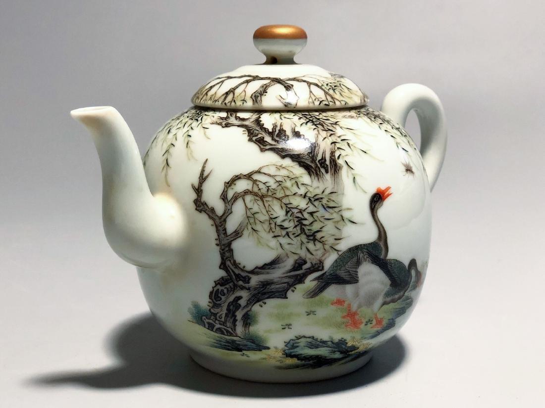 CHINESE FAMILLE ROSE PORCELAIN TEA POT - 4