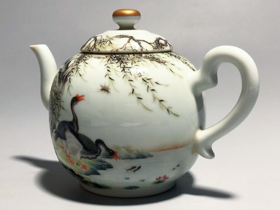 CHINESE FAMILLE ROSE PORCELAIN TEA POT - 5