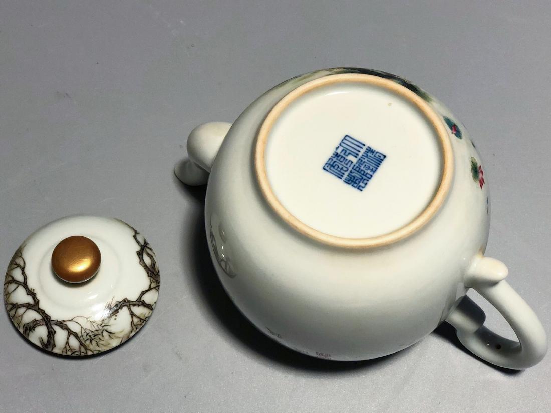 CHINESE FAMILLE ROSE PORCELAIN TEA POT - 8