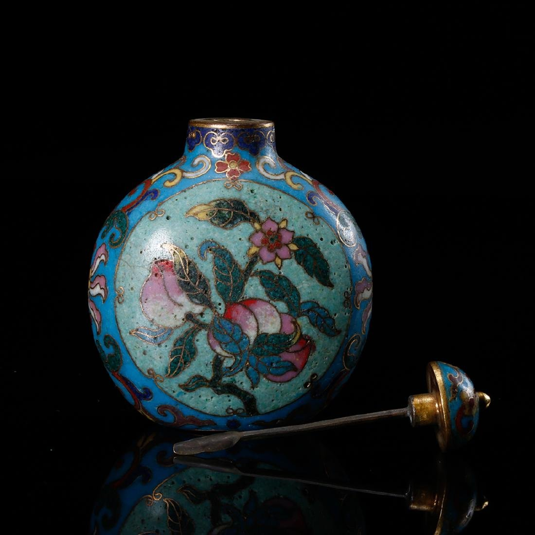 CHINESE CLOISONNE SNUFF BOTTLE - 11