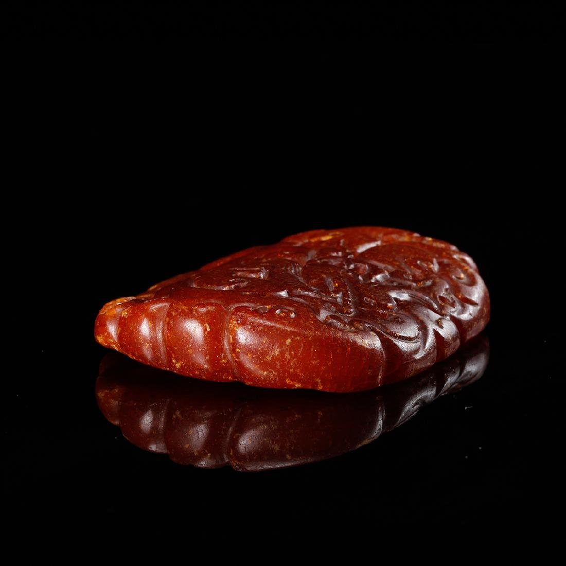 CHINESE HONEY AMBER CARVED PENDANT - 3