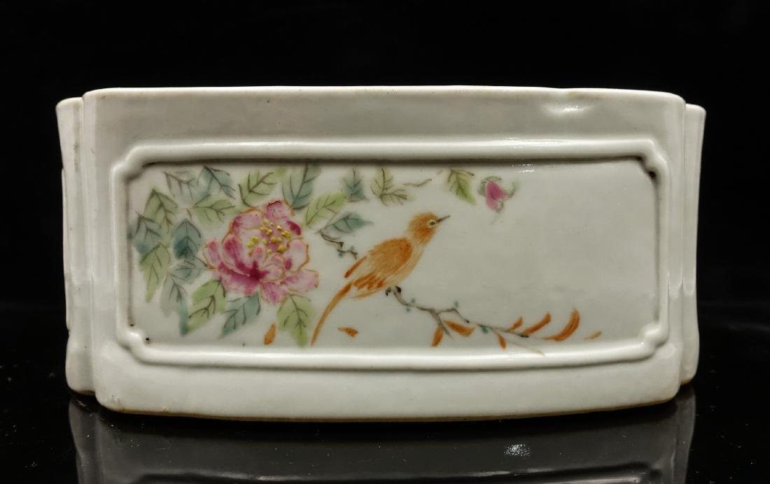 CHINESE QIANJIANG PAINTED PORCELAIN COVER BOX - 7