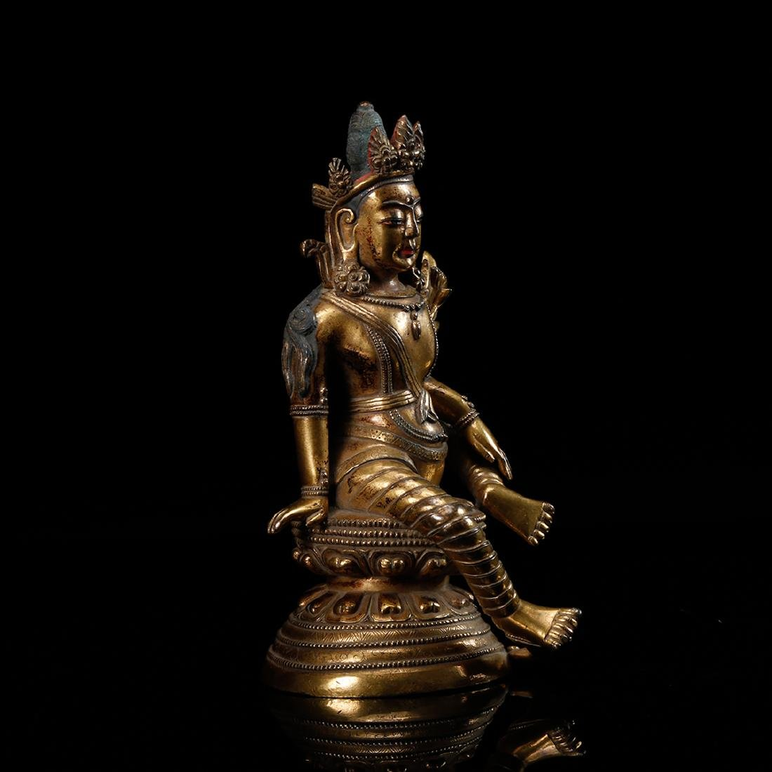 CHINESE GILT BRONZE SEATED GUANYIN - 3