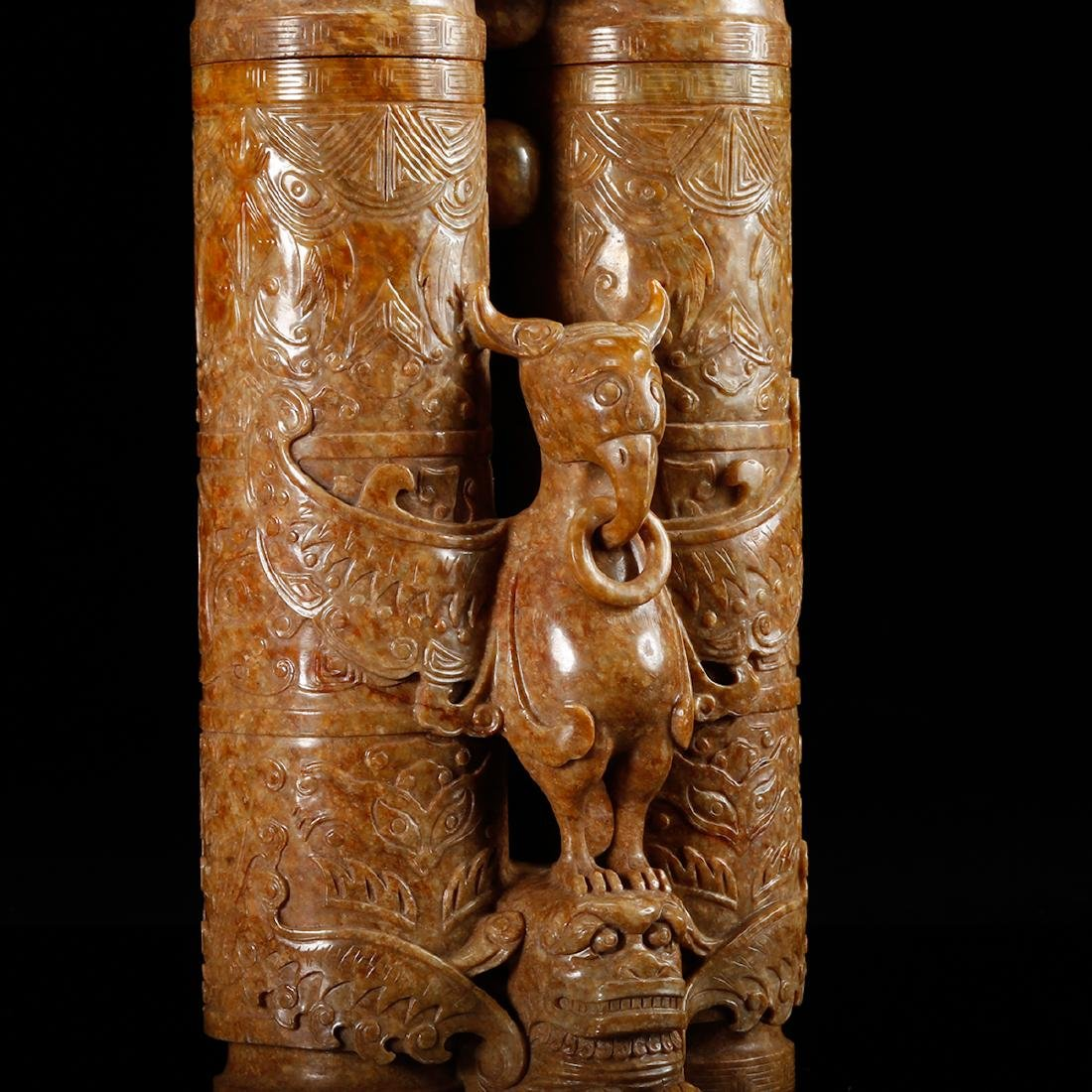 CHINESE JADE CARVED DOUBLE VASE WITH HERO MOTIF - 7