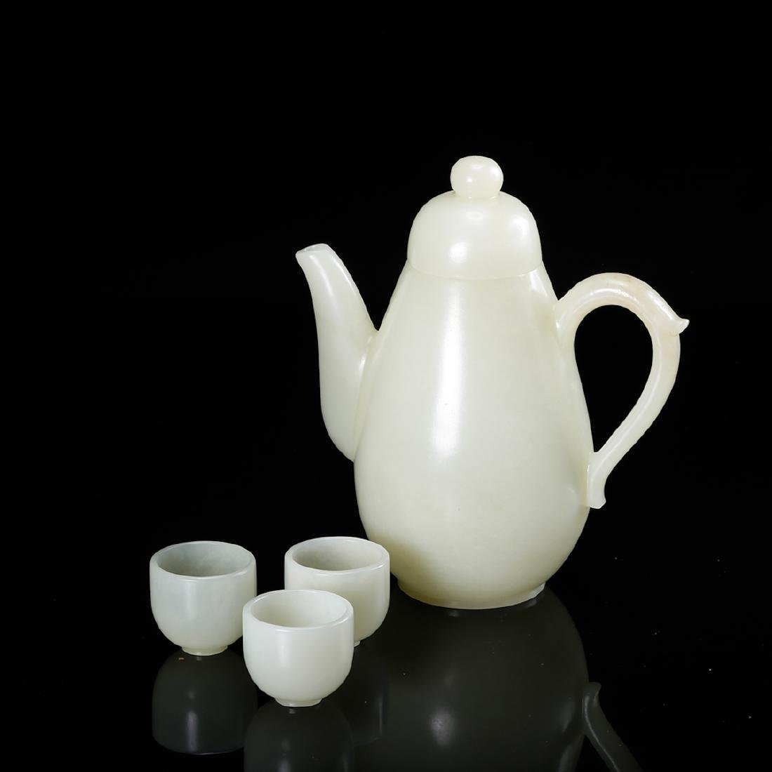 CHINESE WHITE JADE WINE EWER WITH CUPS
