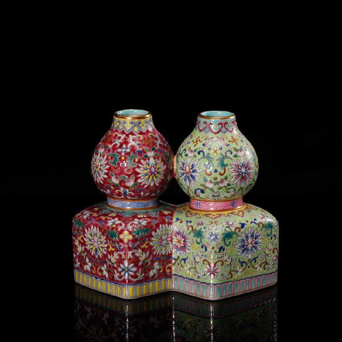 CHINESE FAMILLE ROSE DOUBLE VASE - 2
