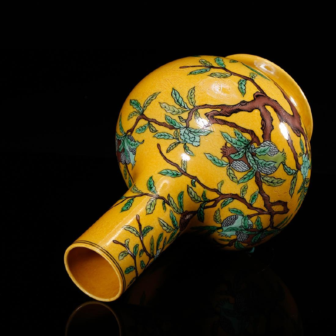 CHINESE YELLOW GROUND PORCELAIN VASE - 5