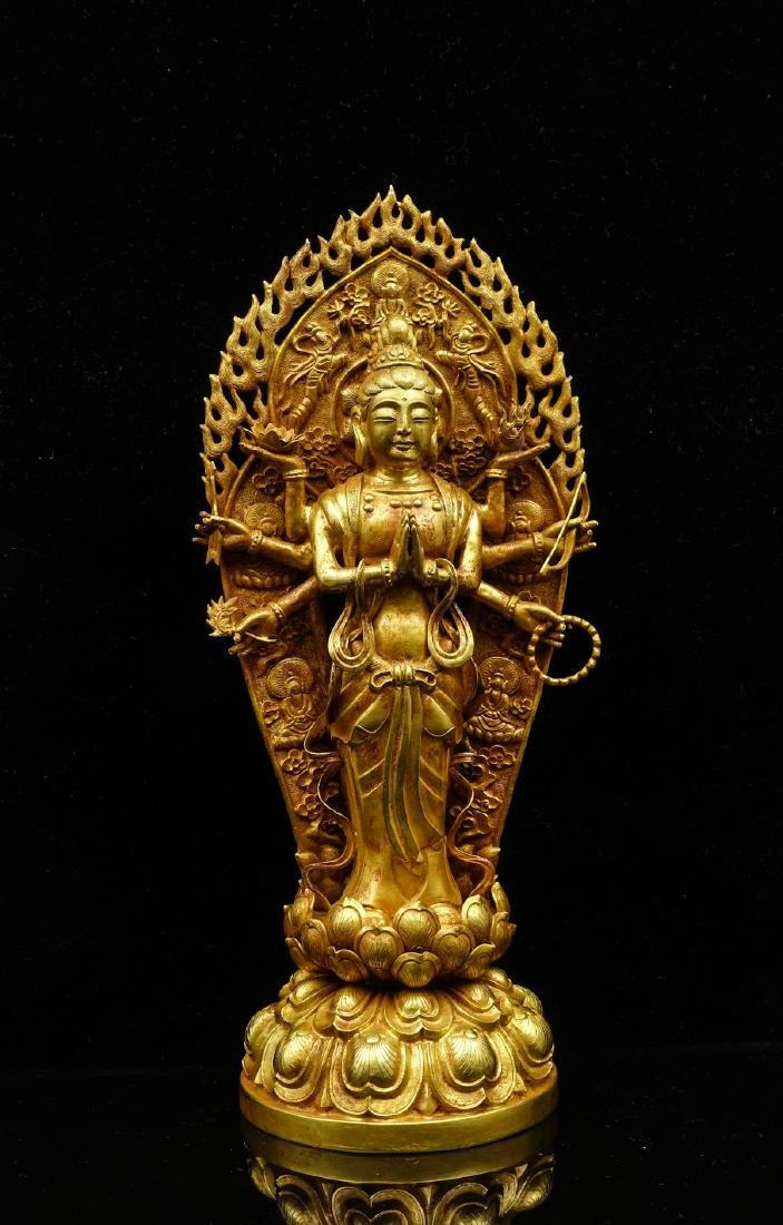 CHINESE GOLD FIGURE OF AVALOKITESVARA