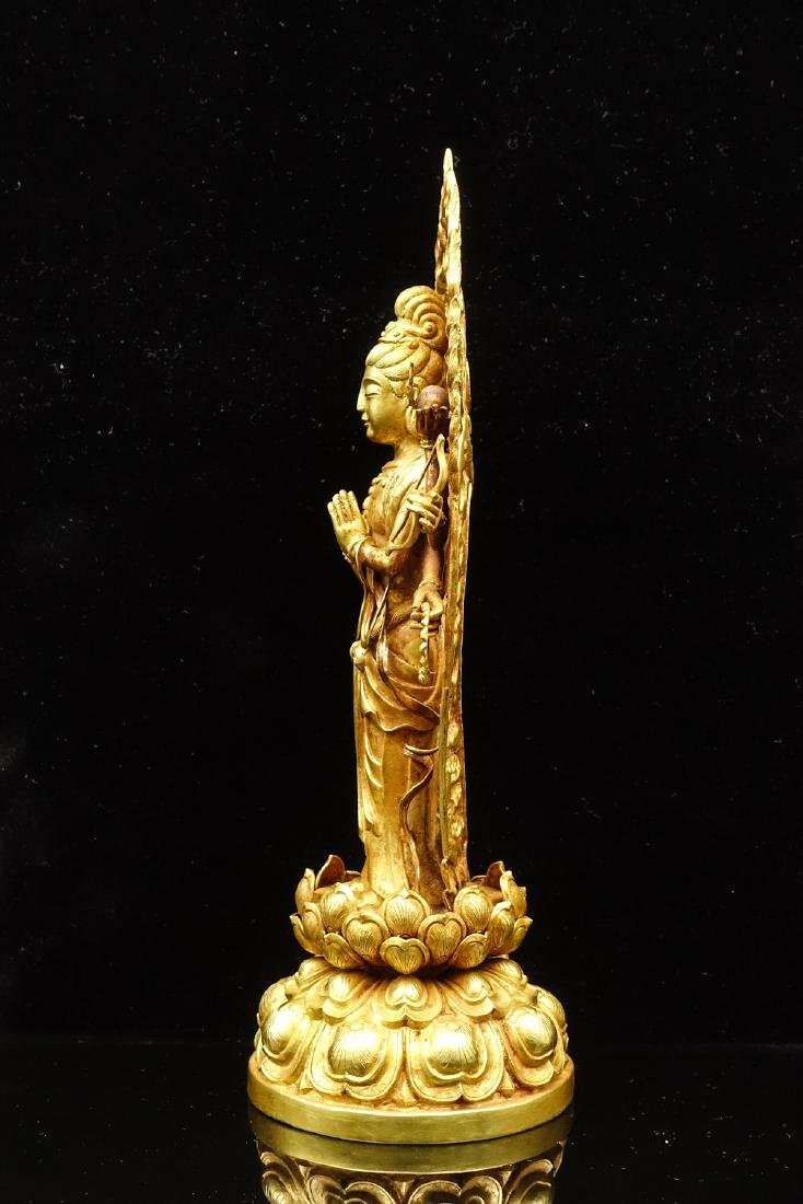 CHINESE GOLD FIGURE OF AVALOKITESVARA - 3