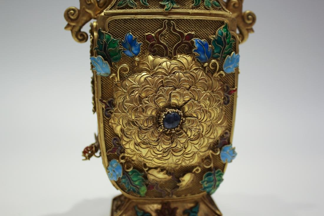 CHINESE GILT SILVER WIRE ENAMEL COVER VASES - 3