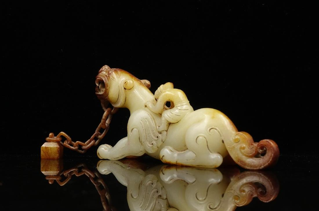 CHINESE ARCHAIC JADE CARVED BEAST - 2