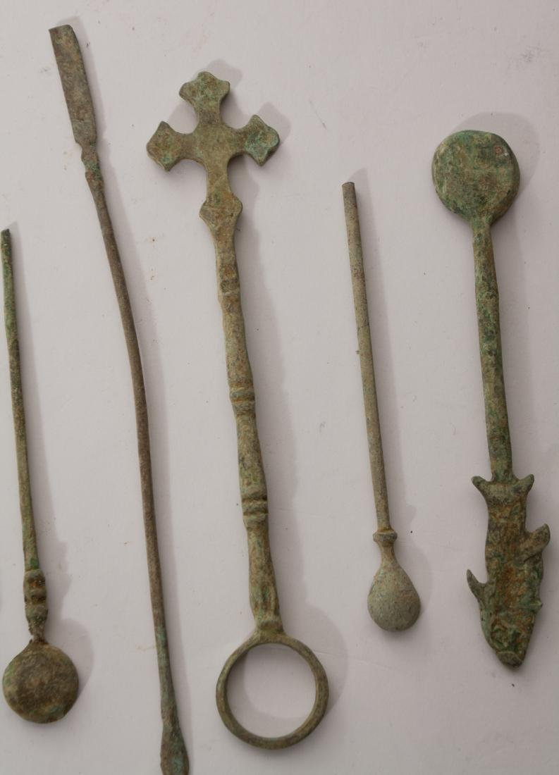 GROUP OF 9 ANCIENT ROMAN BRONZE MEDICAL TOOLS - 4