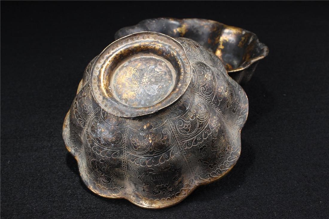 A pair of gilt copper bowl - 6