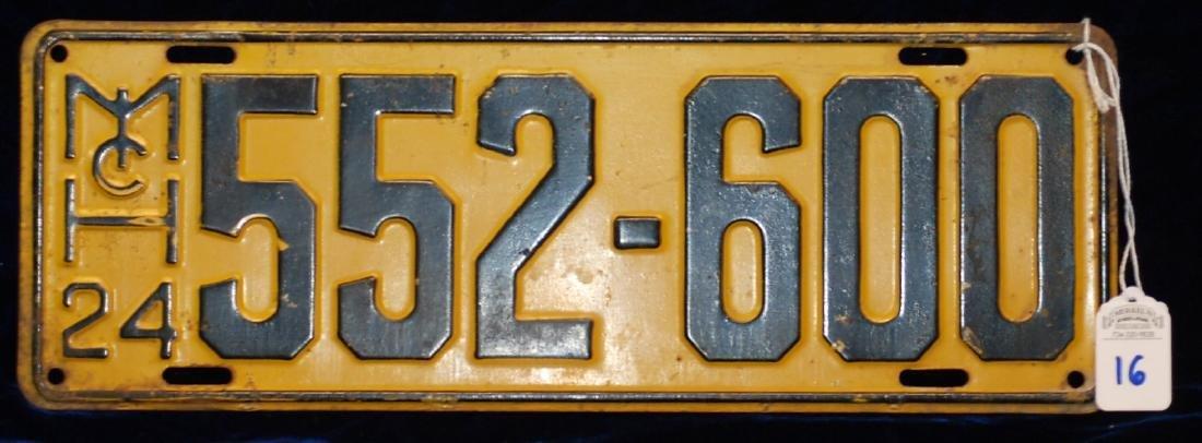 1924 Michigan License Plate #552-600