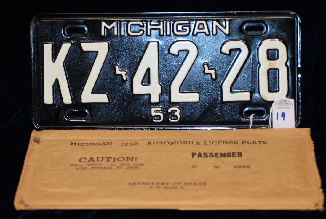 1953 Mint Michigan License Plate #KZ-42-28 in Matched