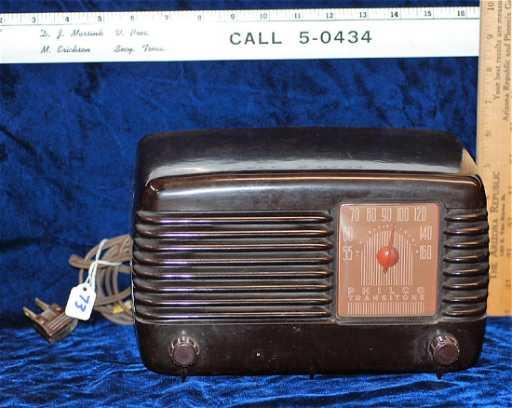 1948 Philco Transitone Radio Model 48 200 Bakelite