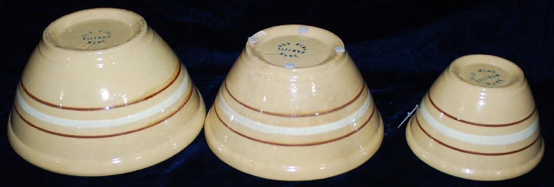 Red Wing Saffron Ware Lot of 3 Nested Mixing Bowls - 3