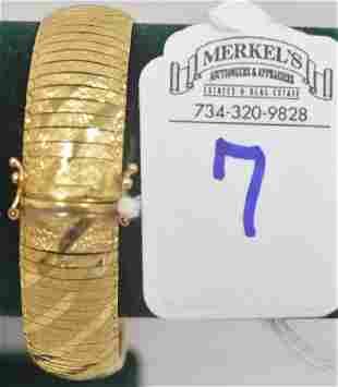 7 in 10Kt Solid Gold Bracelet marked Hollywood Gold
